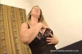 سكس بنت سعوديه تمارس الجنس معا ابنها