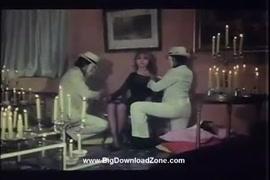 فيديو بورنو اغتصاب الوحش